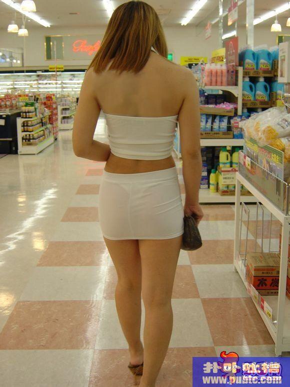 带着跳蛋上街的美女 穿戴遥控跳蛋上街视频